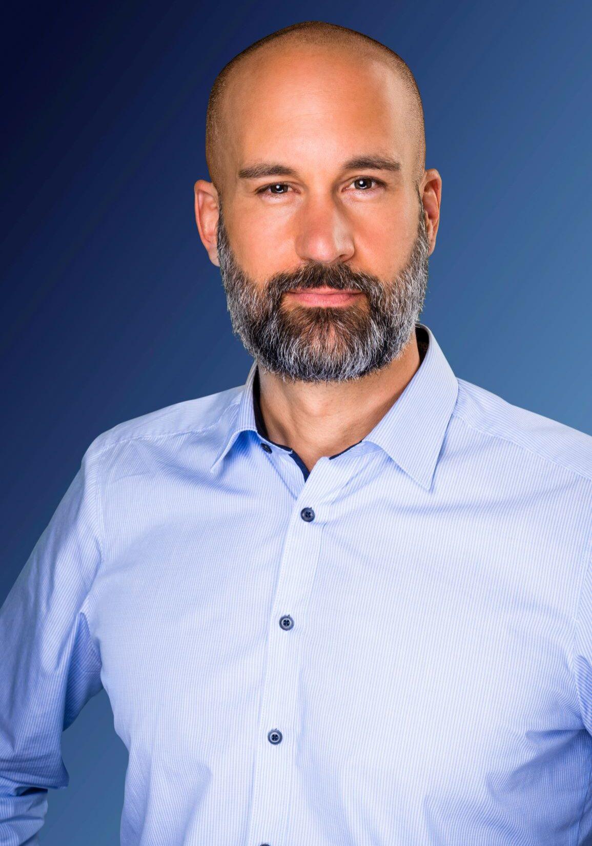 Marco S Maffei, lic. oec. HSG, founder   CEO, powernavi ecosystems of trust